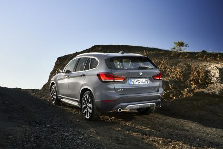 Video Review: BMW X1 Diesel Estate Xdrive 20D SE 5dr Step Auto