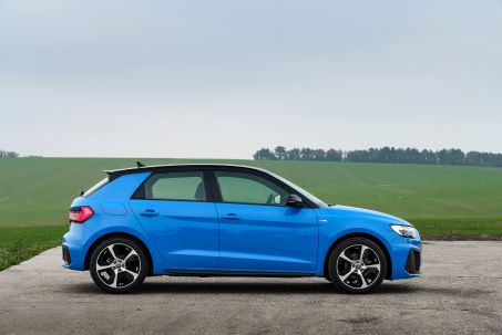 Video Review: Audi A1 Sportback 35 Tfsi Citycarver 5dr [tech Pack]