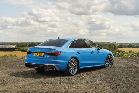 Video Review: Audi A4 Diesel Saloon 40 TDI 204 Quattro Black Edition 4dr S Tronic