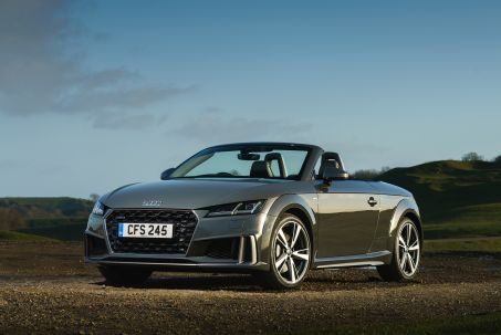 Video Review: Audi TT RS Roadster TT RS Tfsi Quattro 2dr S Tronic [comfort+sound]