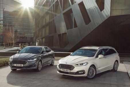 Video Review: Ford Mondeo Vignale Estate 2.0 Hybrid 5dr Auto