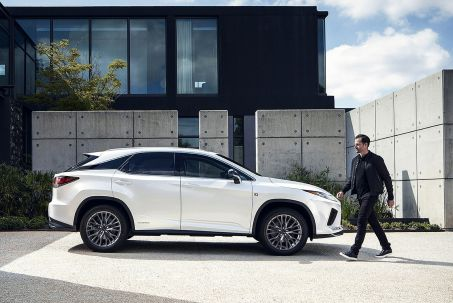 Video Review: Lexus RX Estate 450H 3.5 F-Sport 5dr CVT [premium +tech/safety PK]