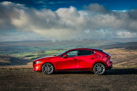 Video Review: Mazda Mazda3 Hatchback 2.0 E-Skyactiv X Mhev [186] Sport LUX 5dr