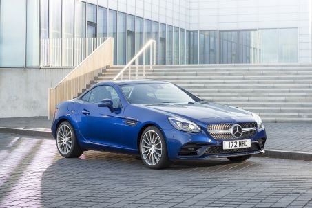 Video Review: Mercedes-Benz SLC Roadster Special Edition SLC 200 Final Edition 2dr