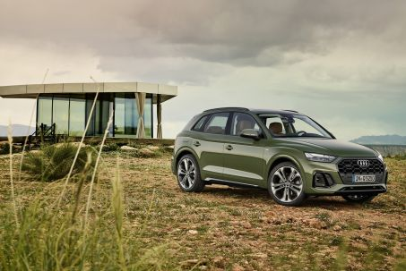 Video Review: Audi Q5 Diesel Estate 40 TDI Quattro S Line 5dr S Tronic