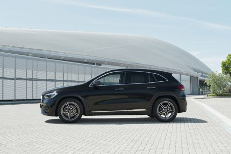 Video Review: Mercedes-Benz GLA Hatchback GLA 200 Sport Executive 5dr Auto