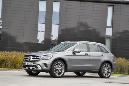 Image 1: Mercedes-Benz GLC Diesel Estate GLC 300DE 4matic AMG Line 5dr 9G-Tronic