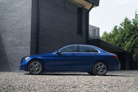 Image 1: Mercedes-Benz C Class Estate C300e AMG Line Edition 5dr 9G-Tronic