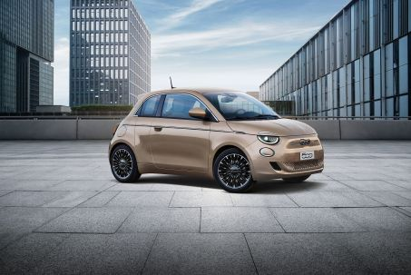 Image 1: Fiat 500 Electric Hatchback 70KW Action 24KWH 3dr Auto