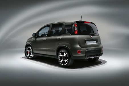 Video Review: Fiat Panda Hatchback 0.9 Twinair [85] Wild 4X4 [touch] [5 Seat] 5dr
