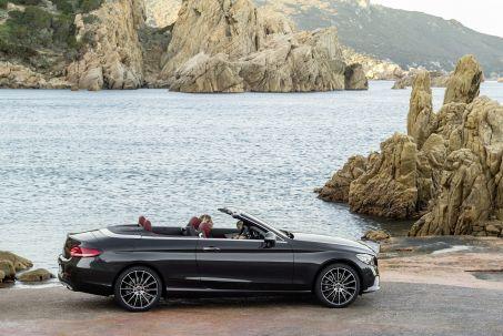 Video Review: Mercedes-Benz C Class Diesel Cabriolet C220d AMG Line Edition Premium 2dr 9G-Tronic