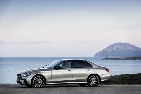 Video Review: Mercedes-Benz E Class Diesel Saloon E300de AMG Line 4dr 9G-Tronic