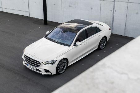 Image 1: Mercedes-Benz S Class Diesel Saloon S400d L 4matic AMG Line Premium Plus 4dr 9G-Tronic