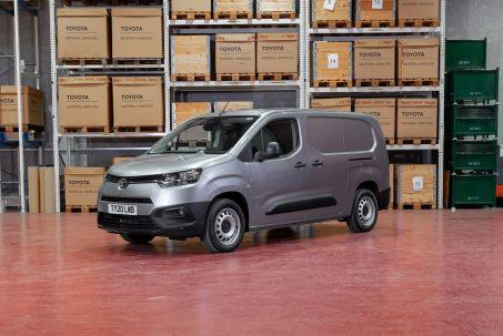 Image 1: Toyota Proace Compact Diesel 1.5D 100 Active VAN