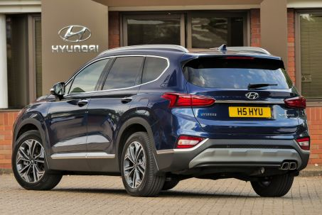 Video Review: Hyundai Santa FE Estate 1.6 Tgdi Hybrid Premium 5dr Auto
