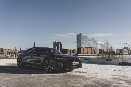 Image 1: Audi RS E-Tron GT Saloon 475KW Quattro 93KWH 4dr Auto