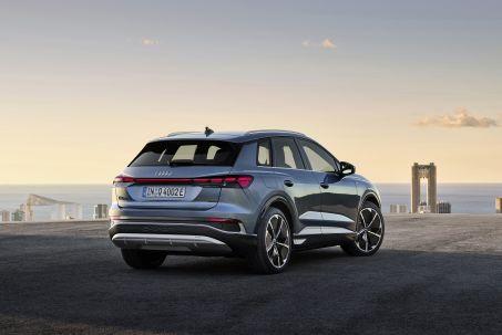 Image 1: Audi Q4 E-Tron Estate 150KW 40 82.77KWH S Line 5dr Auto