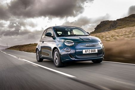 Image 1: Fiat 500 Electric Hatchback 87KW Icon 42KWH 3dr Auto