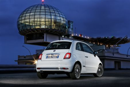 Video Review: Fiat 500C Convertible 1.2 Lounge 2dr